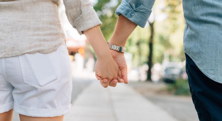 Spacer to świetny pomysł na randkę.
